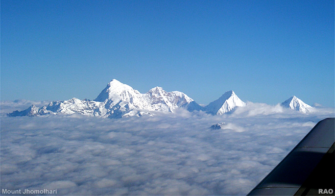 Nepal >> RAOnline Bhutan: Bhutan Photo Galleries - Drukair flight over the Himalayas from Paro (Bhutan ...