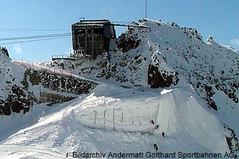 Die Andermatt Gotthard Sportbahnen AG Hat Am 10 Mai 2005 Abfahrtsrampe Vom Gemsstockgipfel Auf Den Gurschengletscher Punktuell Mit Einem Speziellen